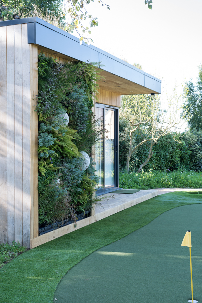 Golf studio living wall